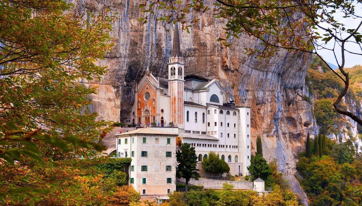 Santuario della Madonna della Corona e Bardolino